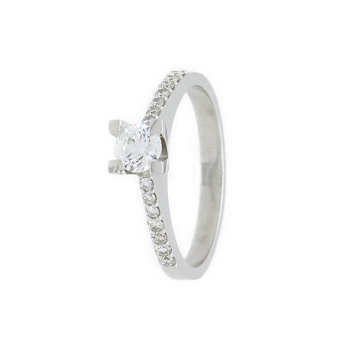 Besseggen ring, diamant 0.65 carat