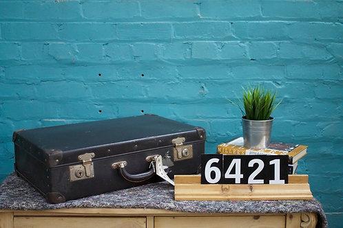 Vintage Suitcase 6421