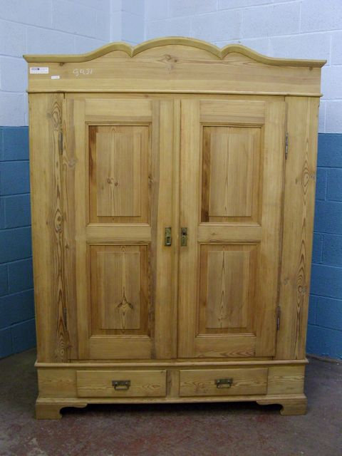 Antique Pine Wardrobe 4860