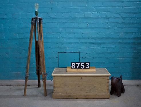 Box/Coffer 8753