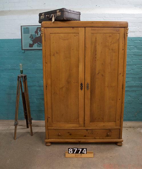 Waxed Cupboard/Wardrobe 8774
