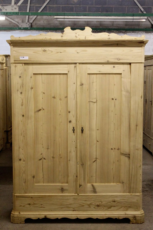 Antique Pine Wardrobe 6302