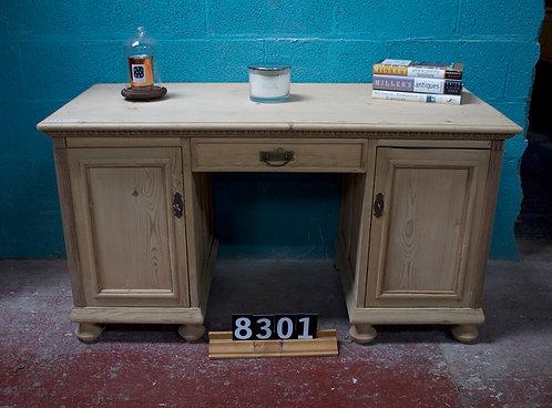 Desk 8301