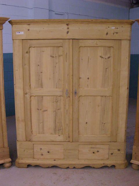 Antique Pine Wardrobe 4914