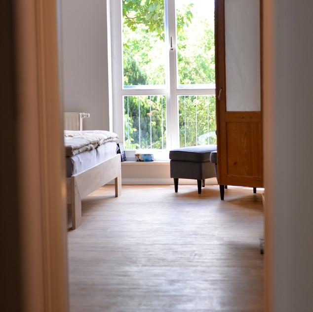 Schlafzimmer_1.FLOOR.JPG