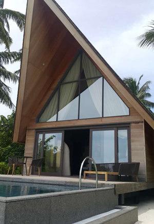 ST. REGIS Resort on Vommuli Island at Maldives (Beach Villa)