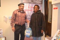 Rodney Wyatt donating food veteran