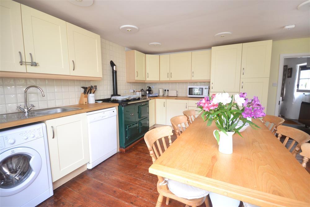 Orchard Cottage Kitchen Diner.jpg