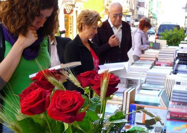 Ярмарка роз и книг