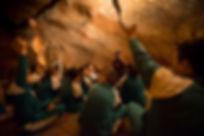visites escolars, sortides escolars, activitats escolars, coves del salnitre, coves de montserrat, coves de collbato, coves de collbató, parc natural, educació ambiental, montserrat, natura, geologia