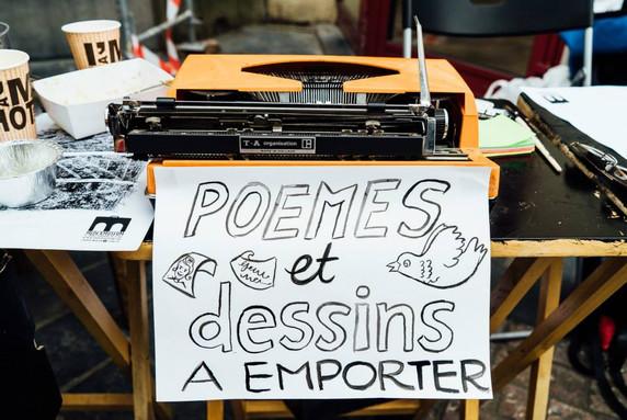 Poemes et Dessins a Emporter