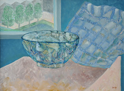 18 Glass Bowl and Cushion