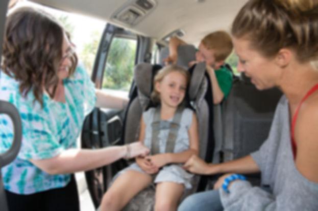 Car seat instalatio