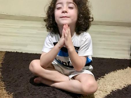 Criança medita?