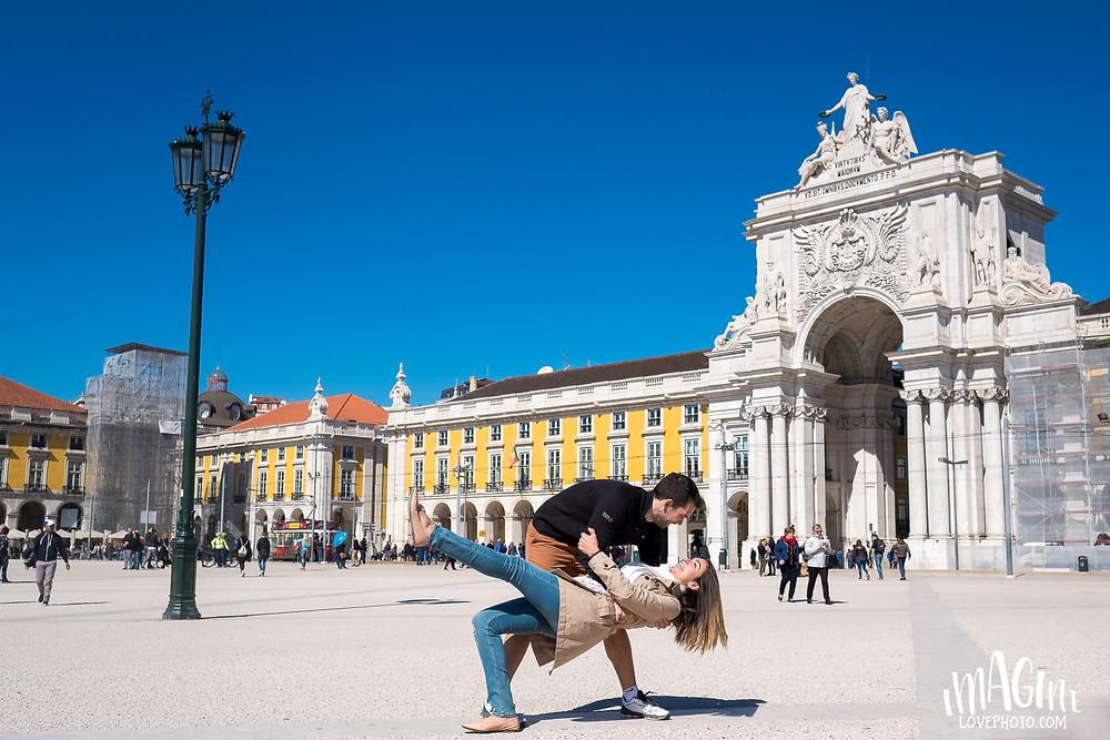Lisbon photoshoot fotografia turista viagem sessão fotográfica Lisboa love session fotografo brasileiro