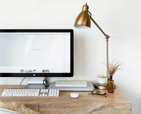 osveshhenie-ofisa-foto-naskolnaya-lampa-