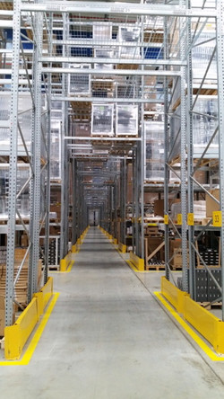 Sim Logistics - Thule Group - Aisle