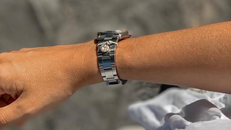 Mini escapulario Reloj