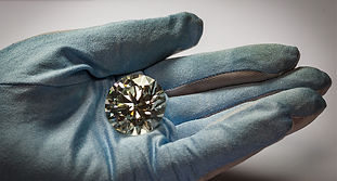 ALROSA Goes Online: Diamonds with Guaranteed Origin and Social Distancing
