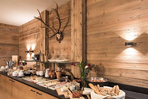 Delicious breakfast in Lux Alp Chalet