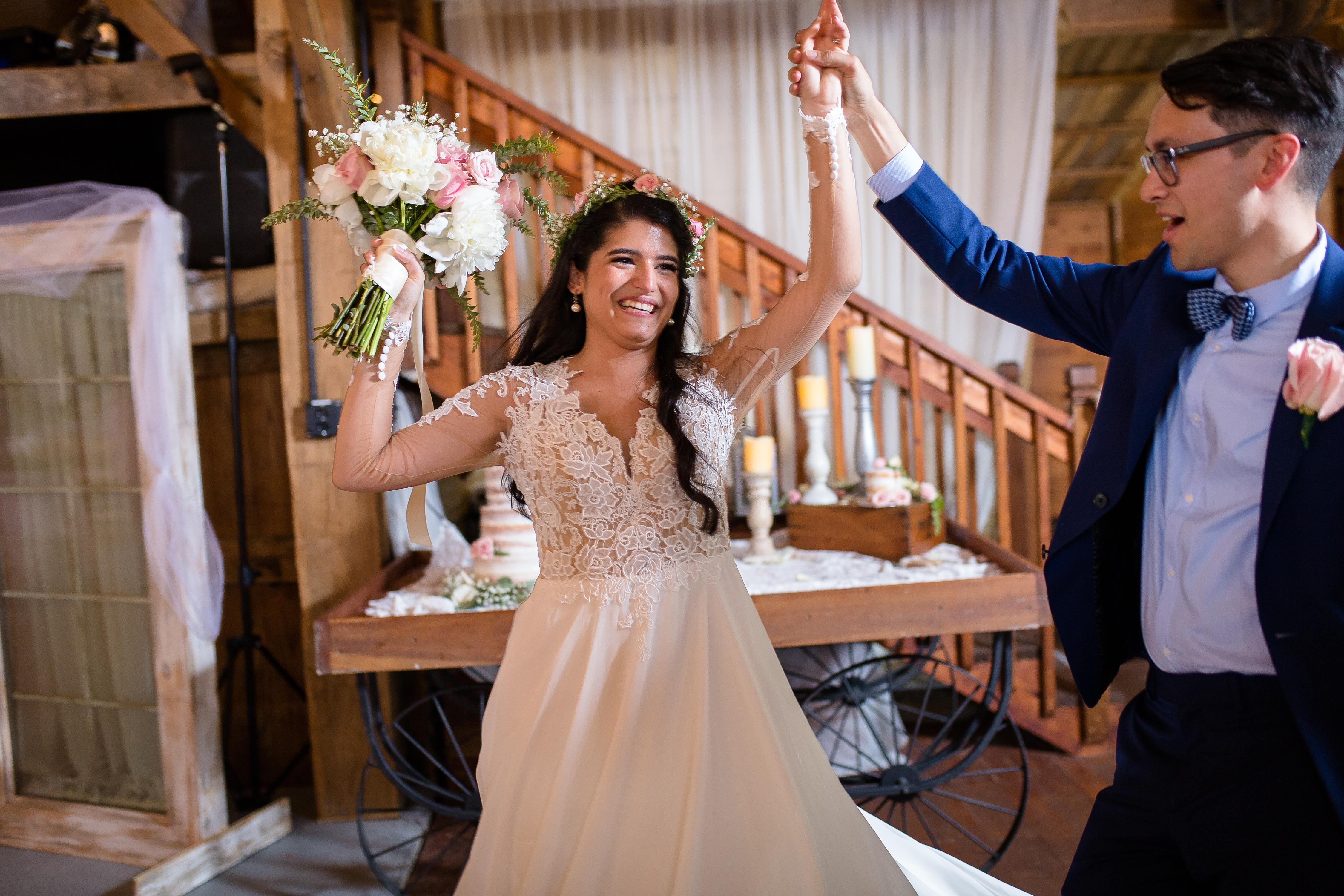 bp-avon-wedding-barn-0499