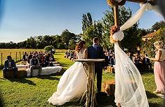 """Mariage à la salle de réception """"Les Berlettes"""" au Domaine de Sulauze"""