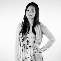 Jennifer-HS-3_Square_BW.jpg