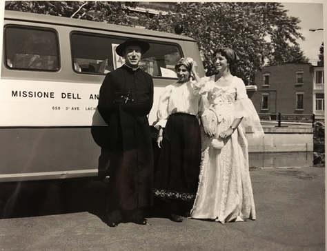 Représentants de la communauté italienne de Lachine  Festivités du 300e anniversaire de Lachine 1967 ©Cité de Lachine Archives Musée de Lachine [P24-B]
