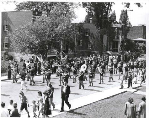 Parade Harmonie de Lachine  1944 © C.A. Barbier Archives Musée de Lachine [P21-A]