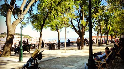 Ein Miradouro in Lissabon