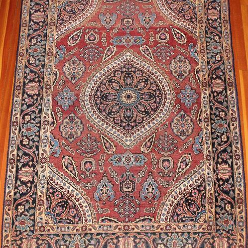 PERSIAN MEDALLION RUG/CARPET