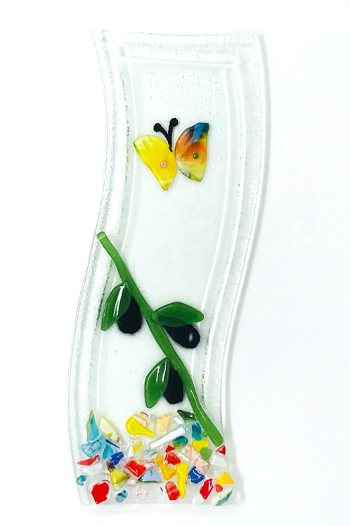 GLASS APPETIZER DISH WITH BUTTERFLY