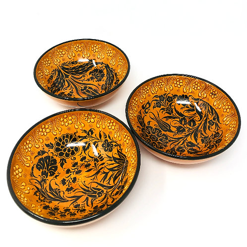 HANDMADE LARGE BOWLS SET OF THREE(15cm)