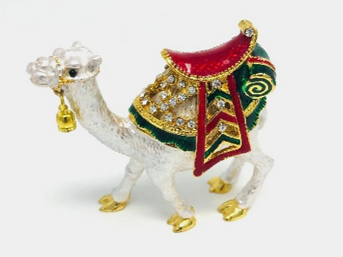 WHITE WEDDING CAMEL