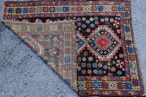ANTIQUE CAUCASIAN RUG/CARPET