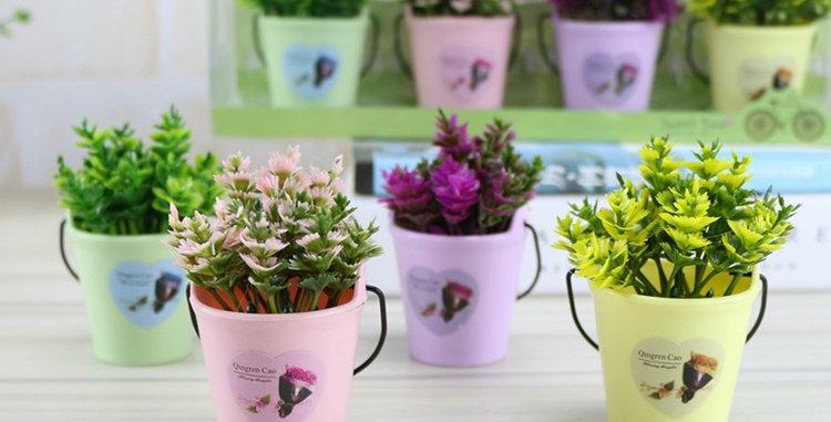 bình hoa nhỏ trang trí