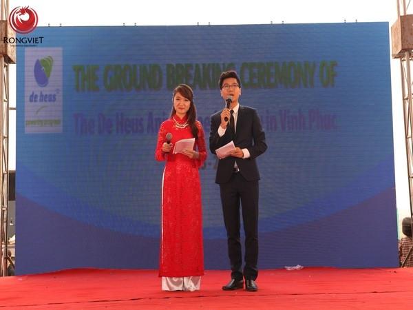 MC Công Tố và MC Vân Anh dẫn dắt chương trình