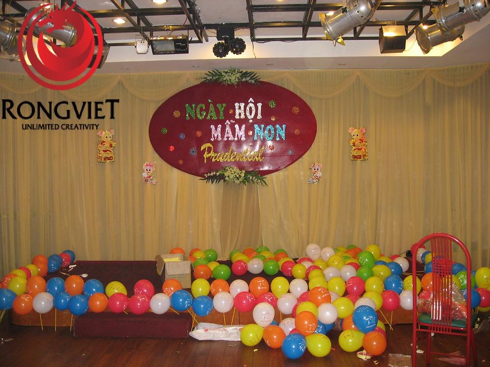 Sân khấu chính của sự kiện