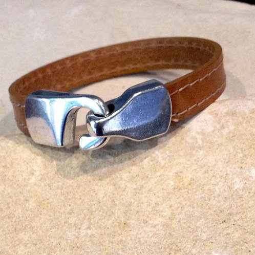Flat Leather Bracelet with hook clasp