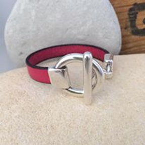 Silver Toggle Bracelet with Plain Leather