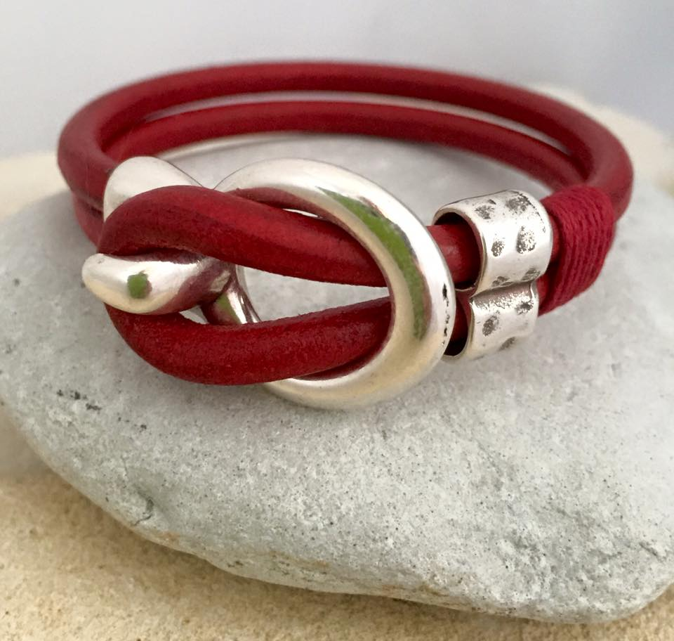 red leather buckle braclet.jpg