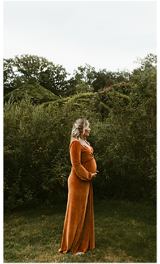 HomePage_RustGown Picture@2x.png