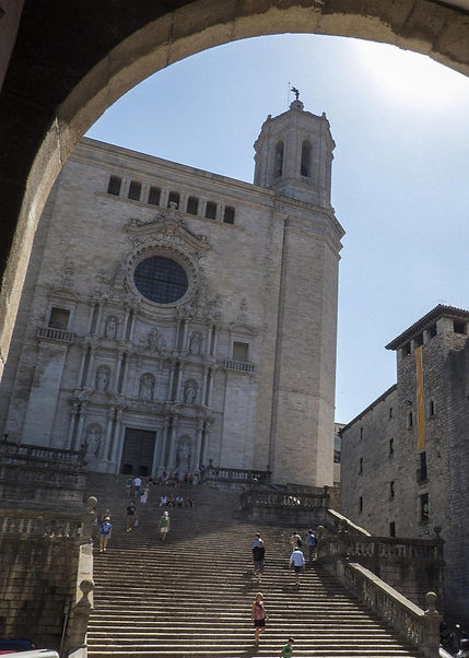 spain-catalonia-girona-cathedral-stairs_