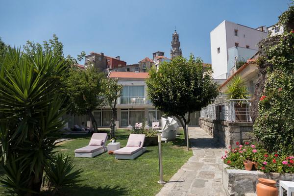 portugal-porto-flores-hotel-garden.jpg