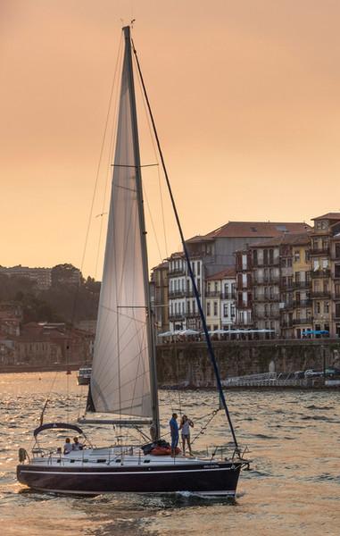 portugal-porto-douro-sunset-sailing-ribe