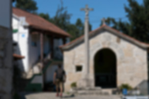portugal-minho-caminho-capela-ponte-de-l