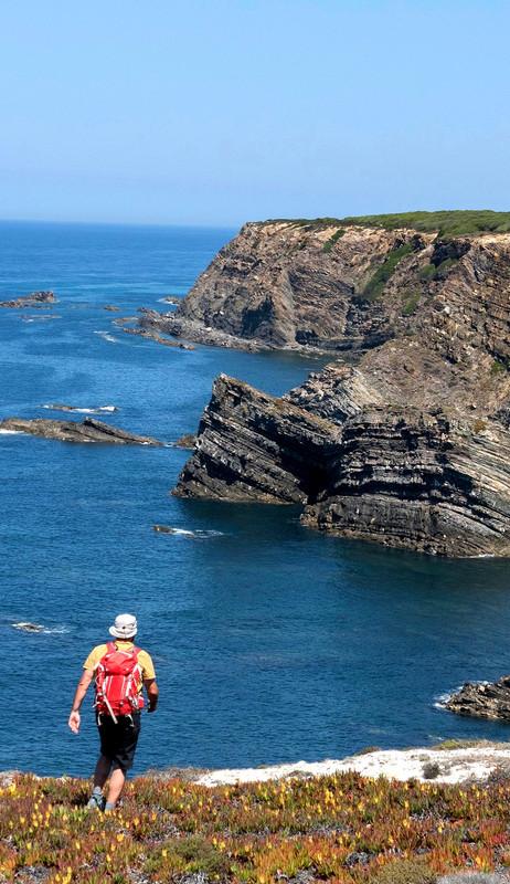 portugal-alentejo-rota-vicentina-hiking walking tour ocean beach