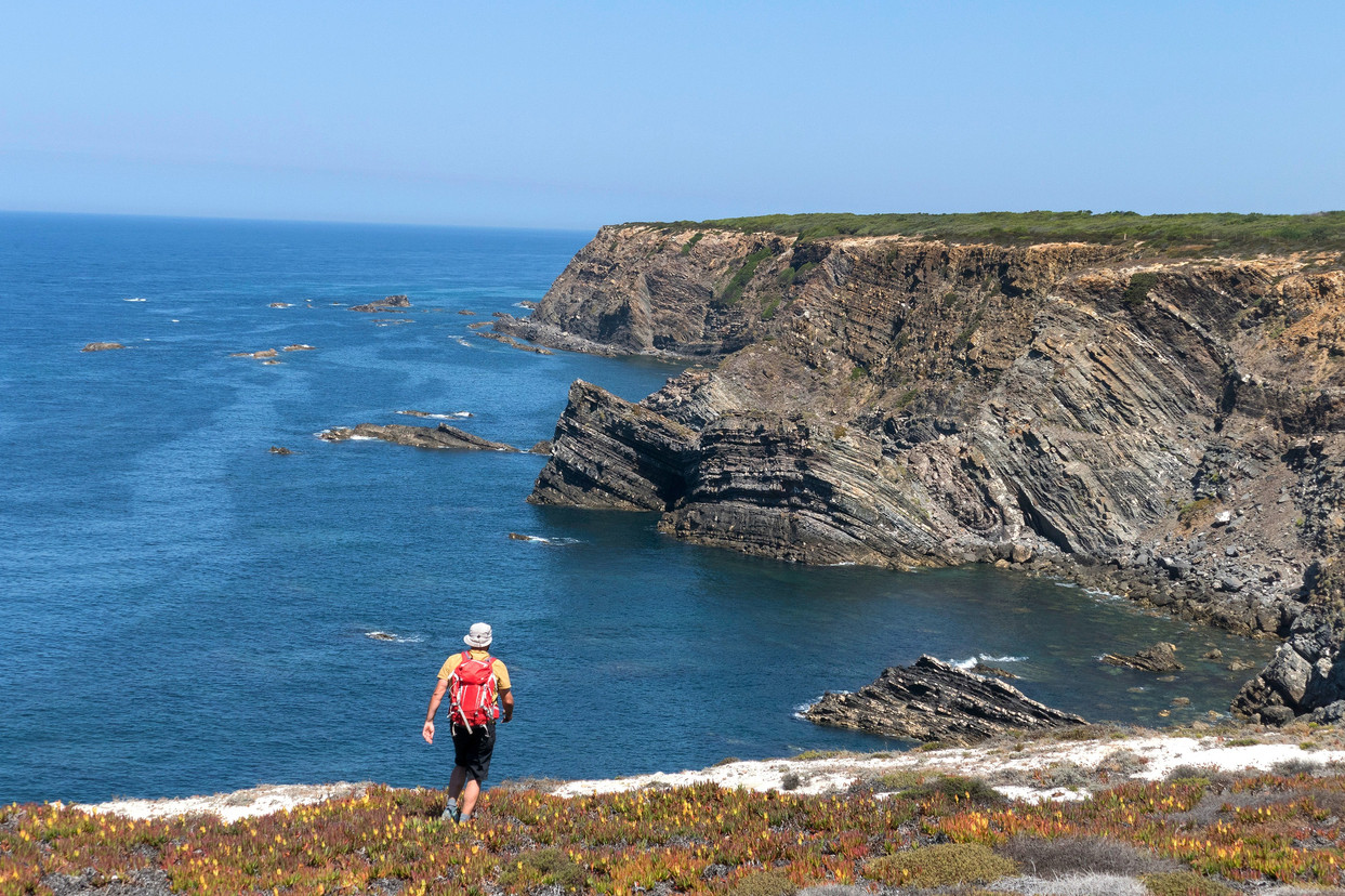 portugal-alentejo-rota-vicentina-hiking walking tour