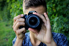 camera_canon_caucasian_person_photograph