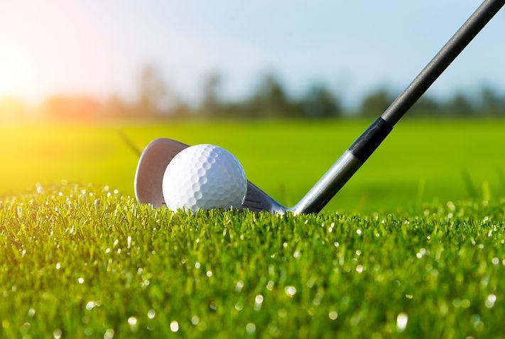golf-club-ball-grass.jpg